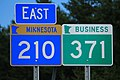 MN210 East - MN371 Business Signs (43610255612).jpg