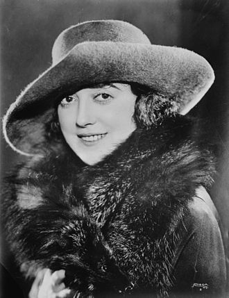 Bernadette Peters - Another early biographical role was Mabel Normand in Mack and Mabel (1974). Normand shown c. 1920