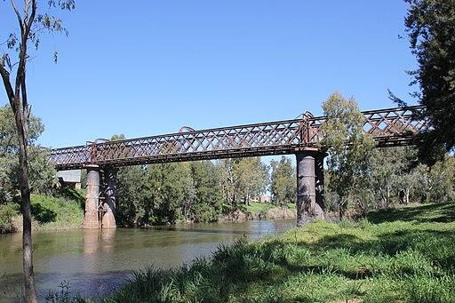 Macquarie River at Dubbo - panoramio