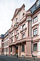 Mainz-Juengerer Dalberger Hof-Mittelrisalit an der Klarastrasse von Suedosten-20130602.jpg