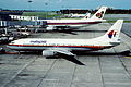 Malaysia Airlines Boeing 737-4S3; 9M-MLB, November 1990 CHV (4845317218).jpg