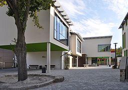 Mammolshain, Schule, Schulhof