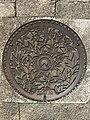 Manhole cover of Maebaru, Itoshima, Fukuoka 2.jpg