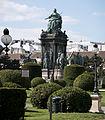 Maria-Theresien-Denkmal Ansicht 2.jpg