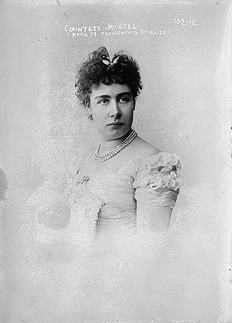 Duchess Marie of Mecklenburg - Image: Marie of Mecklenburg Strelitz, Countess Jametel