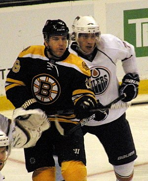 Mark Recchi - Recchi in 2009 with the Boston Bruins