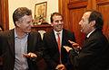 Mauricio Macri entregó la distinción de personalidad destacado de la cultura a Guillermo Franchella (7939949748).jpg