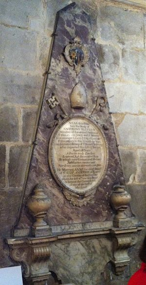 Anthony Ellys - Memorial to Anthony Ellys in Gloucester Cathedral