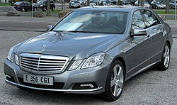 Mercedes E 350 CGI BlueEFFICIENCY Avantgarde (W212) front 20100402.jpg