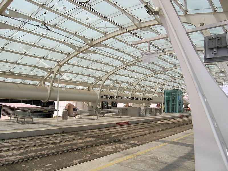 Metro Aeroporto, no Porto, Portugal
