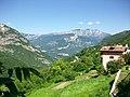 Mezzomonte di Sotto pohled na hrad Beseno - panoramio.jpg