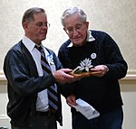Michael Drohan Presenting the 2010 Thomas Merton Award to Noam Chomsky (Pittsburgh, PA) (5138242165).jpg