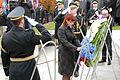 Ministrica Andreja Katič se je z delegacijo poklonila padlim v vojni za Slovenijo 1991 04.jpg