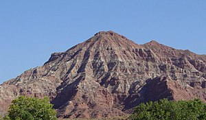 Geology of the Zion and Kolob canyons area - Moenkopi Formation