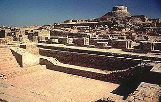 History of Pakistan - Excavated ruins of the Great Bath at Mohenjo-daro in Sindh.