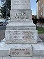 Monument aux morts d'Embrun en juillet 2019 (3).jpg
