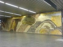 Mosaik im Zwischengeschoss des U-Bahnhofes Odeonsplatz in München.JPG