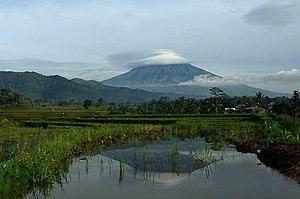 Mount Sumbing - Image: Mount sumbing