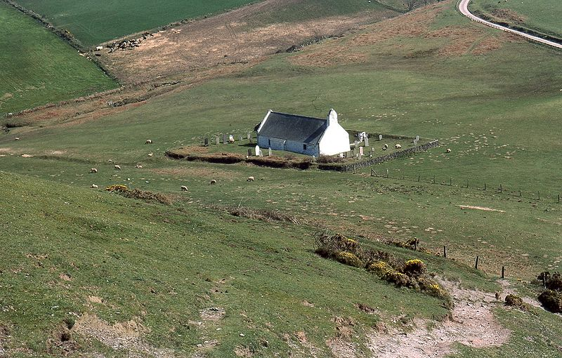 File:Mwnt church.jpg