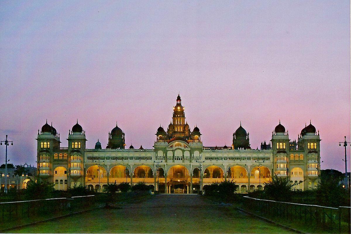mysore india palace history kannada wikipedia karnataka literature dusk days palacio na ooty ancient places its royal yadav