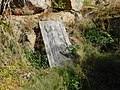 Náhrobník u polesí v Chodově (Q104872763).jpg