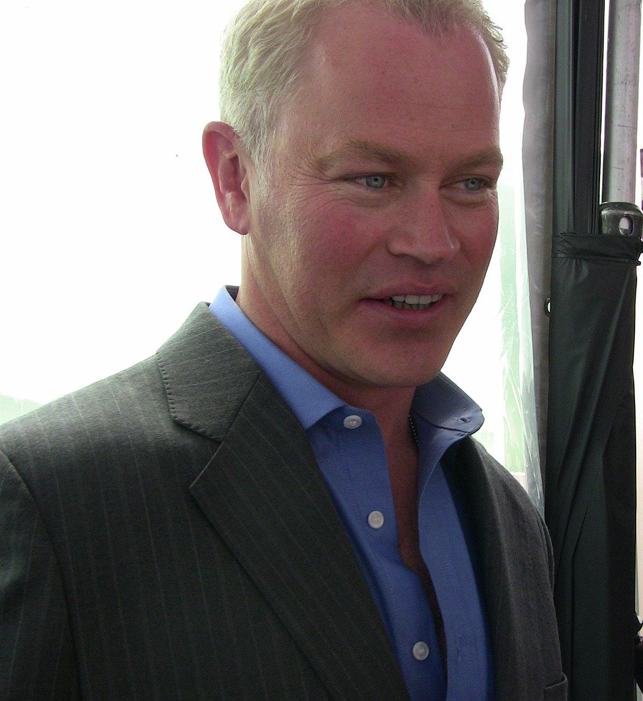 Neal Mcdonough Wikipedia