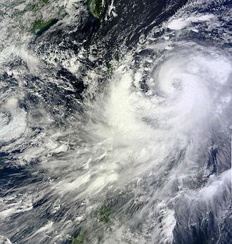 Typhoon Nesat (2011) - Image: Nesat Sep 26 2011 0239z