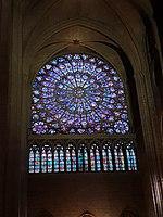 Notre-Dame de Paris - Kreisrundes verglastes Rosenfenster.jpg