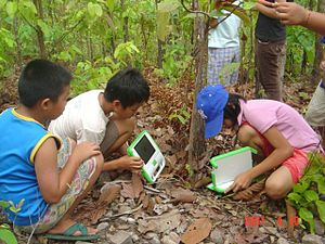OLPC Thailand - XO computer used for taking ph...