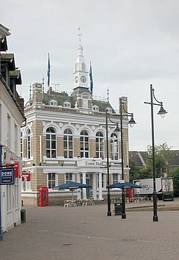 Old Town Hall Staines - geograph.org.uk - 49830.jpg
