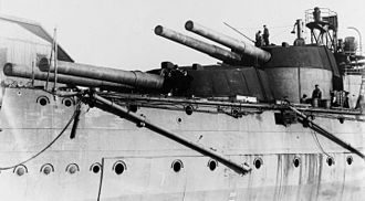 HMS Orion (1910) - Aft main-gun turrets of Orion, about 1911 while fitting out