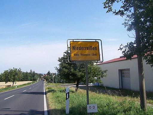 Ortseingang Niederreißen Weimarer Land
