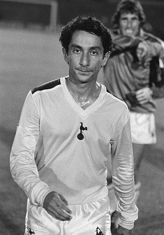 Osvaldo Ardiles - Ardiles 1981 in Tottenham