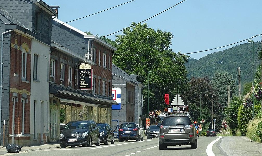 Reportage réalisé le vendredi 17 juillet à l'occasion du départ et de l'arrivée du Tour de la province de Liège 2015 à Ougrée (Seraing), Belgique.