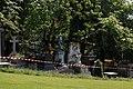 Père-Lachaise - Division 4 - arbre déraciné 08.jpg