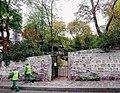 P1060381 Paris XVIII jardin Frédéric-Dard rwk.JPG