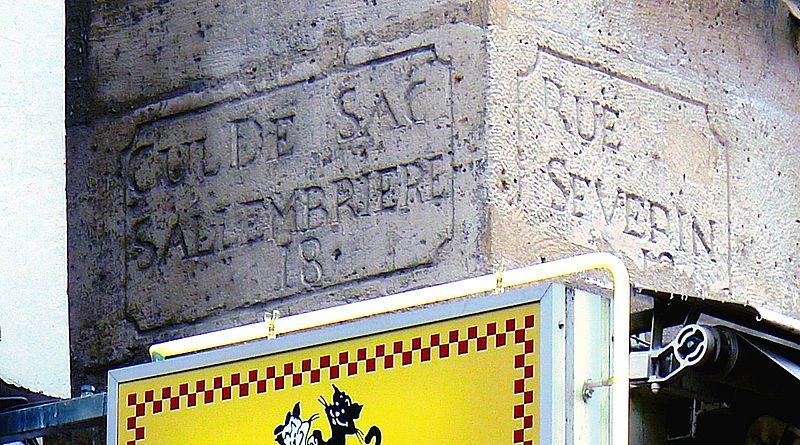 Fichier:P1130204 Paris V rue Saint-Sévérin n°4bis inscriptions rwk.JPG