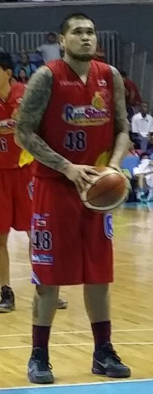 PBA - Rain or Shine vs San Miguel - JR Quinahan-ROS - 2016-0107 (23949671100).jpg