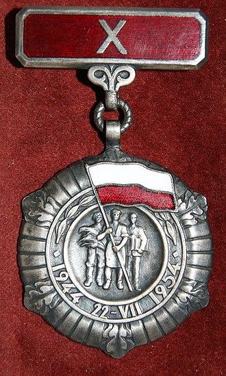 Medal of the 10th Anniversary of People's Poland - Image: POL Medal 10 lecia Polski Ludowej