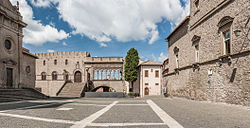 Viterbo - Piazza di San Lorenzo and the loggia of the papal palace