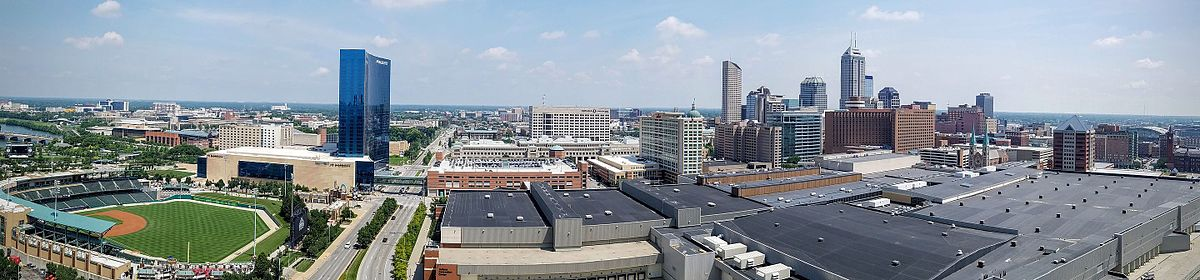 Panorama of the downtown Indianapolis skyline in 2016.
