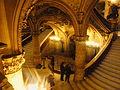 Paris l'Opéra Garnier Le grand escalier (2).jpg