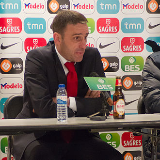 Paulo Bento - Bento at a press conference in 2011
