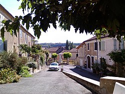 Pessan, traditional buildings 20160911 163009.jpg