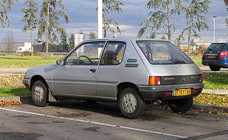Peugeot 205 - 3-door (pre-facelift)