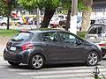 Peugeot 208 1.4 HDi Allure 2014 (14116773104).jpg