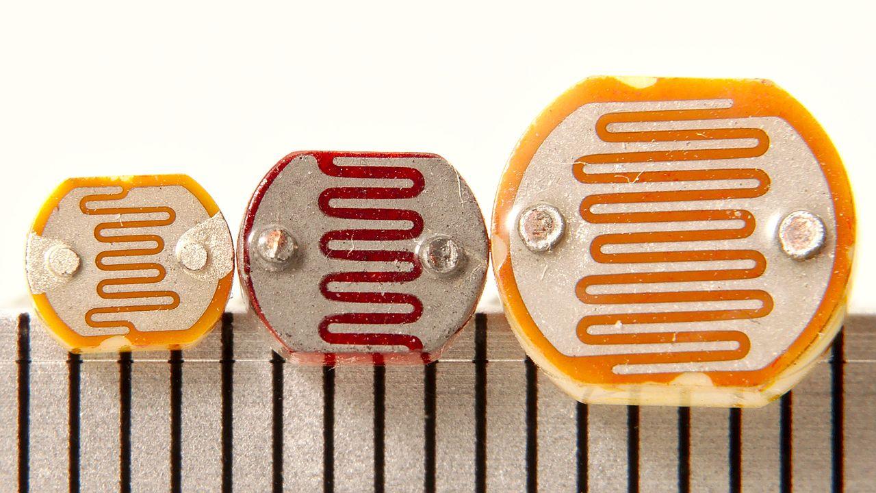 Photoresistor Wikiwand Resistor Circuit Diagram Light Dependent