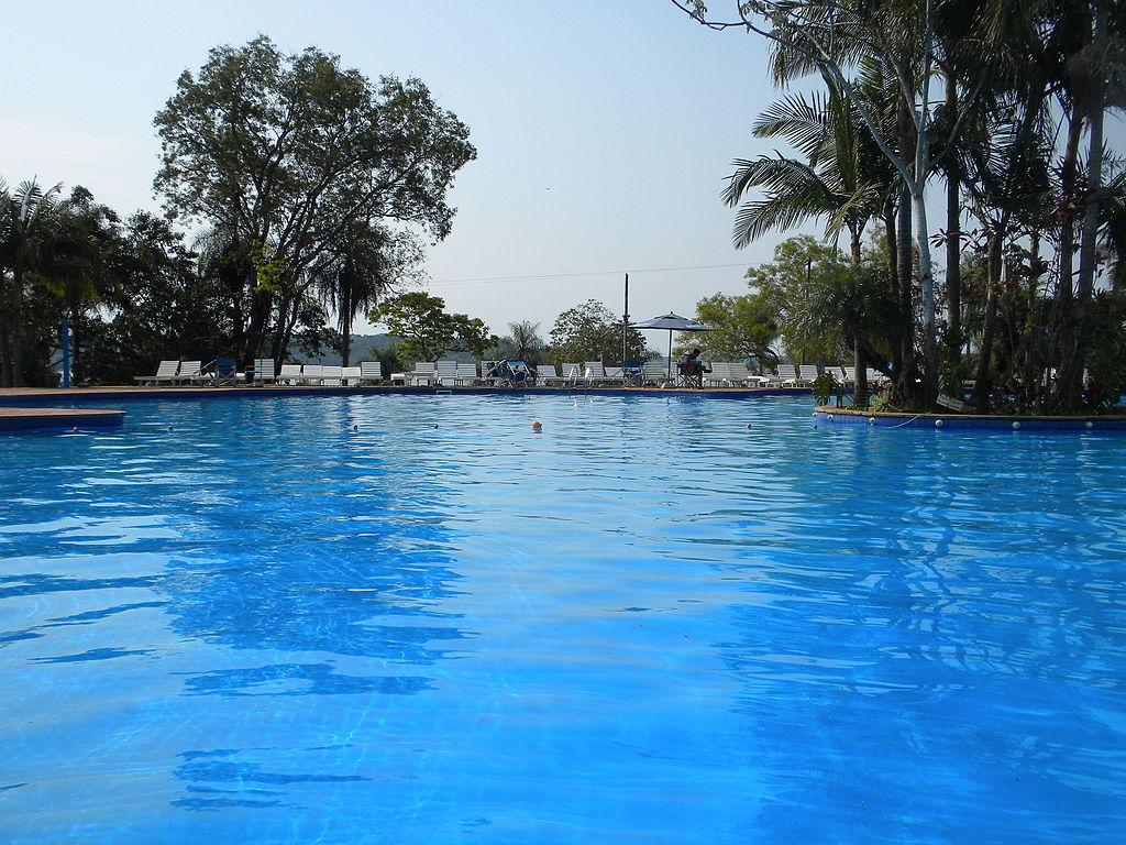 File piscina en club de r o san ignacio misiones 02 jpg for Piscina wikipedia