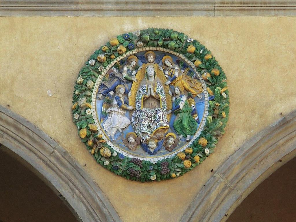 Pistoia, Ospedale del Ceppo Giovanni della Robbia,Virgin in Glory, c. 1525, Glazed terracotta, Ospedale del Ceppo
