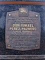 Placa del monumento en honor a Don Ismael Pérez Pazmiño.jpg